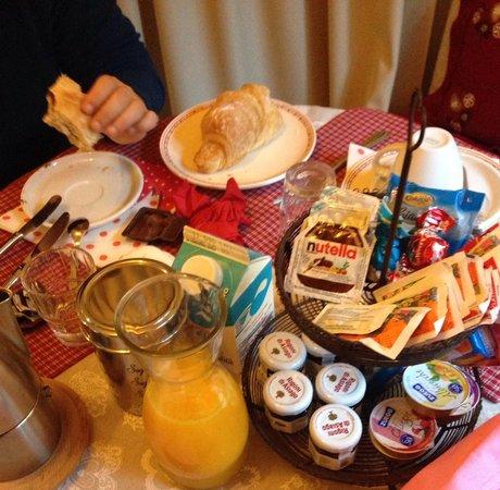 Stella di Campo Affittacamere B&B : colazione da re