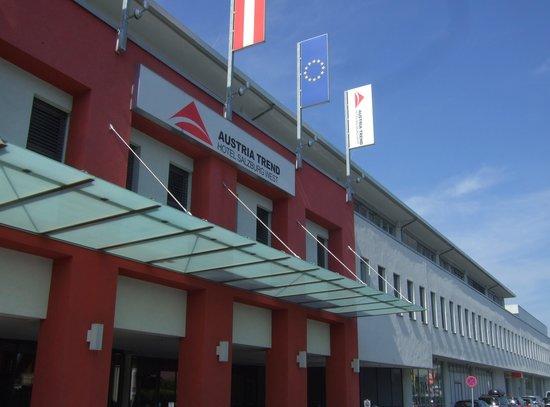 Austria Trend Hotel Salzburg West: 外観