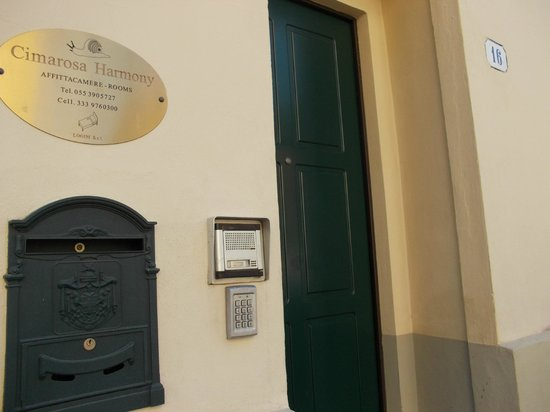 Cimarosa Harmony : Ingresso Via Domenico Cimarosa
