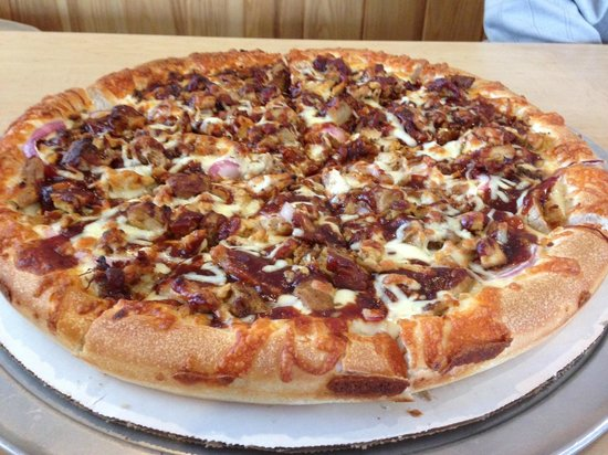 Tilton House of Pizza: THOPs special Pulled Pork Pizza - Yummy!