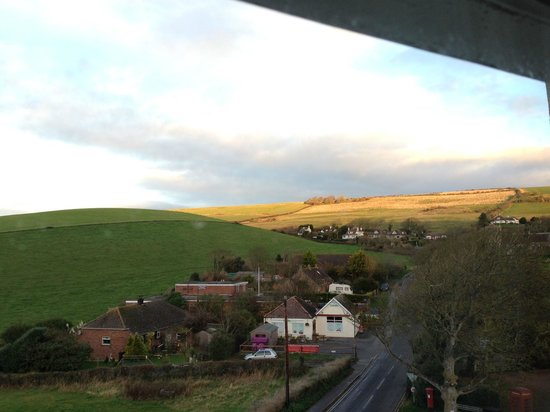 Bindon Bottom B&B: View from Keats Room on the high street