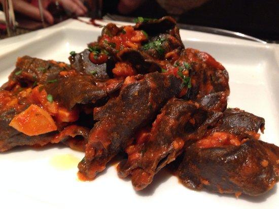 0039 Ristorante Italiano : Pâtes à l'encre de seiche