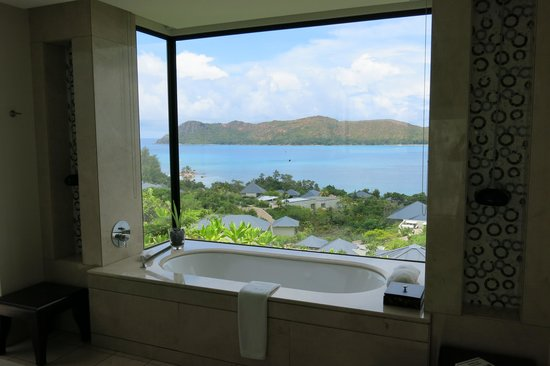 Raffles Seychelles: View from the bathroom