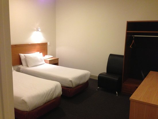Best Western President Hotel Auckland: second bedroom