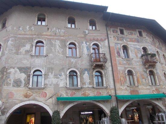 Case Cazuffi Rella