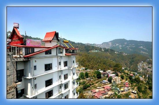 Aachman Regency : veiw of hotel