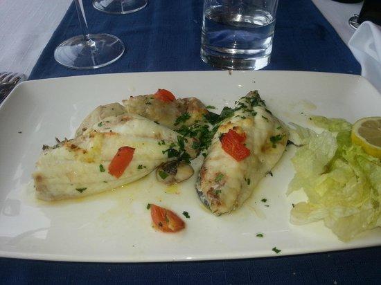 Scoglitti Restaurant: Duo Misto fish