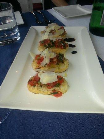 Scoglitti Restaurant: Bruschetta