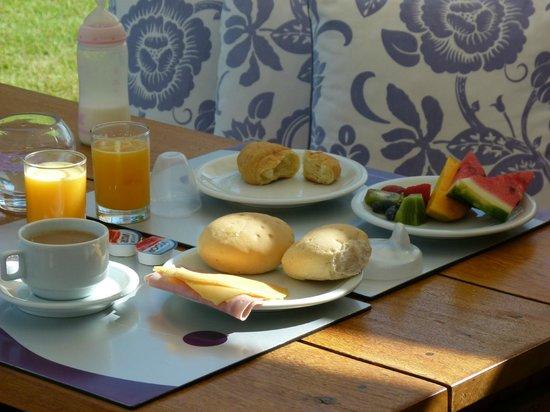 Serena Hotel Boutique Buzios : deck donde desayunabamos, excelente!!
