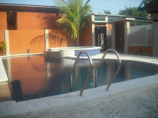 Bali Alizee Villas: Piscine