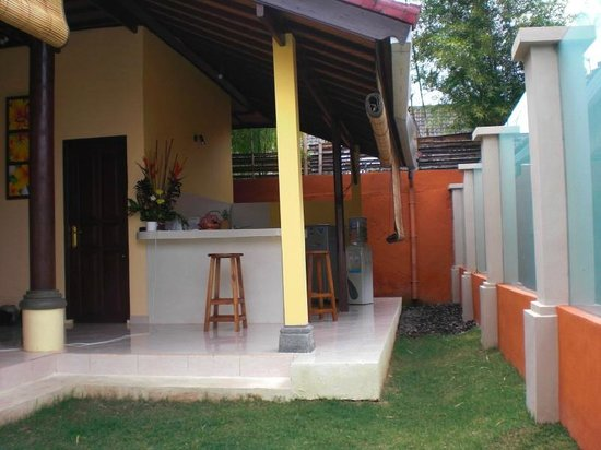 Bali Alizee Villas: Cuisine americaine