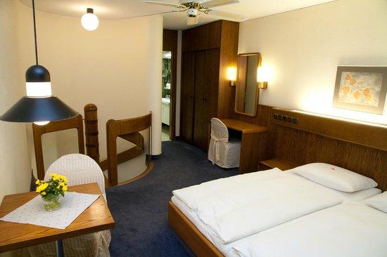 Schlosshotel Weilburg: Schlafraum im Maisonettezimmer