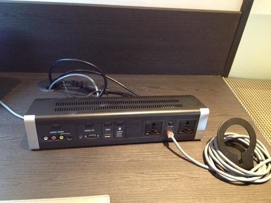 Sama-Sama Hotel KL International Airport: External Connections for TV and extra plugs on the desk