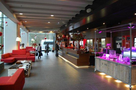 Ramada Apollo Amsterdam Centre : Rezeption