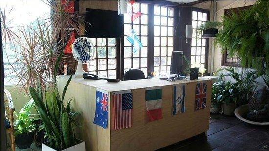 Hostel Lobo Inn : Recepcion