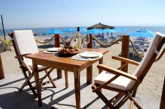 Restaurant Bar Las 3 Palapas: Seafood lunch for 2, table is ready