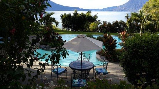 Hotel San Buenaventura de Atitlan: Jardín