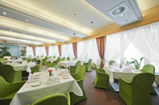 Cztery Pory Roku Restauracja