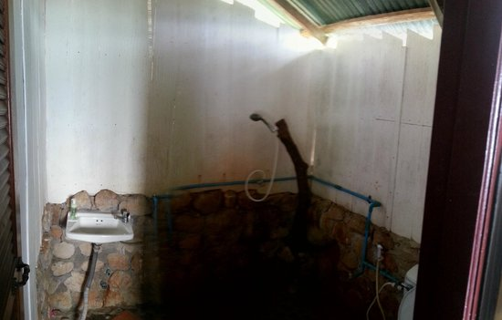 Tohko Beach Resort : Bathroom