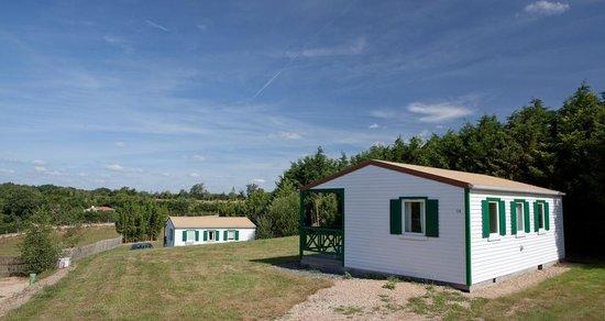 Camping Village de la Guyonniere : Chalets