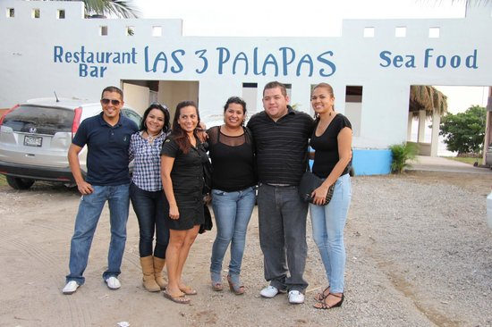 Restaurant Bar Las 3 Palapas: opening day