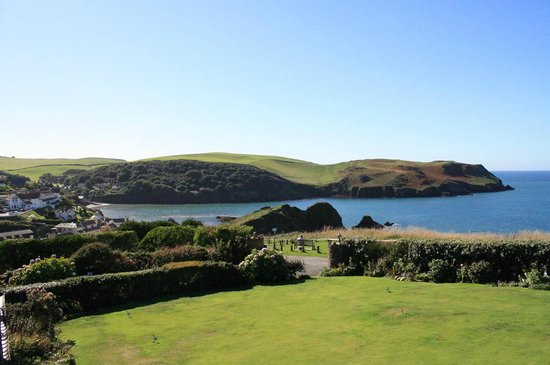 Lantern Lodge: Hope cove is a beautiful place whatever the weather