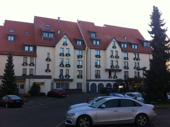 Hotel Restaurant Spa Verte Vallee : Entrée de l hotel