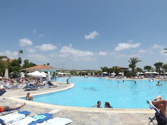 Avanti Holiday Village: Plenty of room to wallow !!!