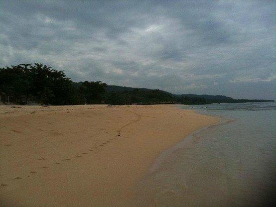 Treasures of Bolinao Beach Resort: The beach