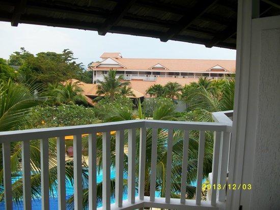 Aonang Villa Resort : Utsikt från balkong