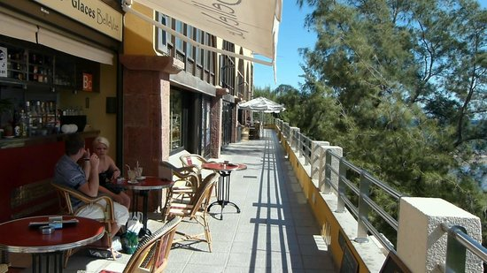 Shopping Centre CC Tropical: Lower Level Terrace