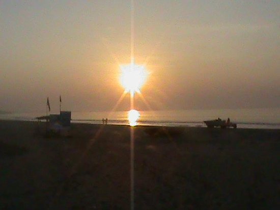 Sugati Beach Resort: The Sunrise