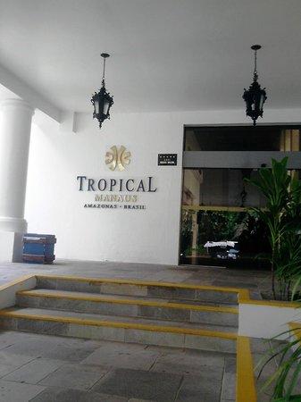 Tropical Manaus Ecoresort: entrada do hotel.