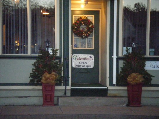 Valentino's Ristorante: Front decorated for Father Christmas Festival
