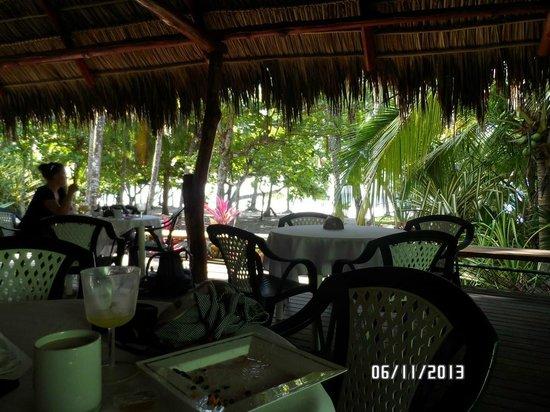 Karahe Beach Hotel : Restaurante (café da manhã e refeições)