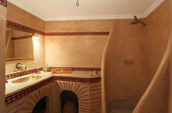 Dar Warda: La chambre Rose des sables