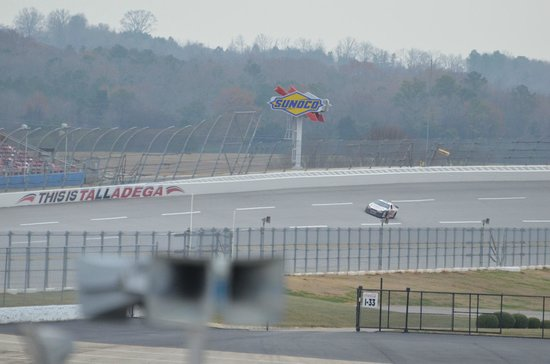 Dale Jarrett Racing Adventure: Talladega