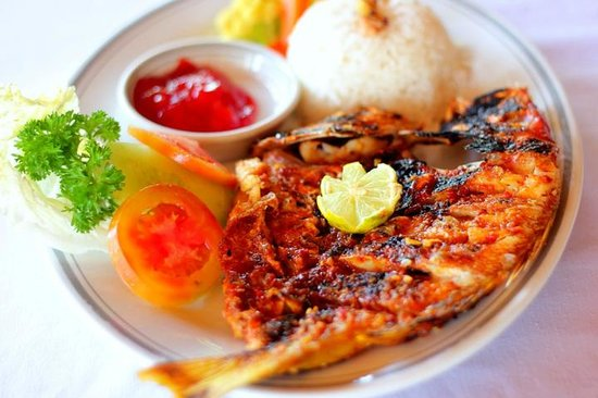 Sari Agung Restaurant & Bar: Fresh Fish