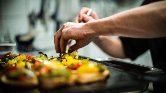 Chez Fernand: Le cuisto En action