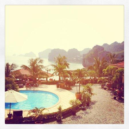 Catba Sunrise Resort : view from room