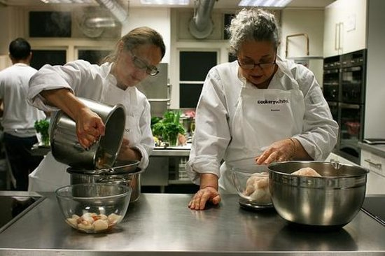 Cookery School at Little Portland Street: Lucy and Rosalind