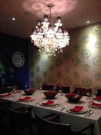 inside of private dining room - picture of kembang goela, jakarta