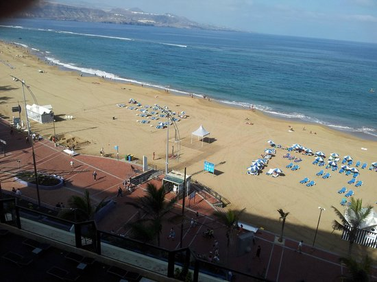 Cristina Las Palmas Hotel: View from room 1