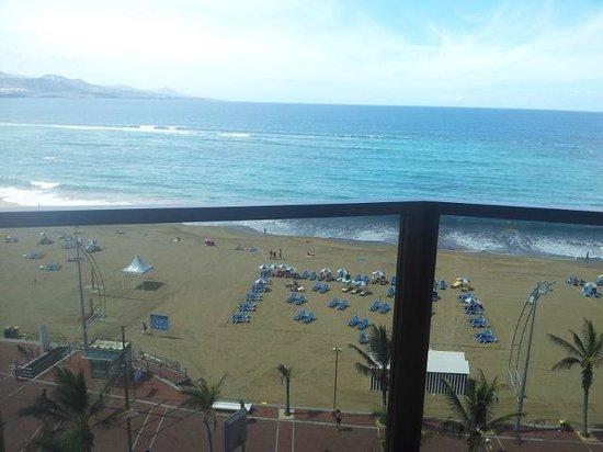 Cristina Las Palmas Hotel: View from room 2