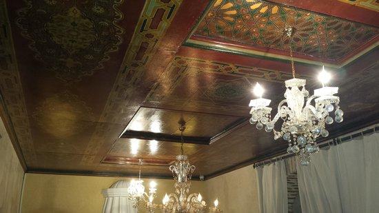 Riad Misria : le joli plafond..