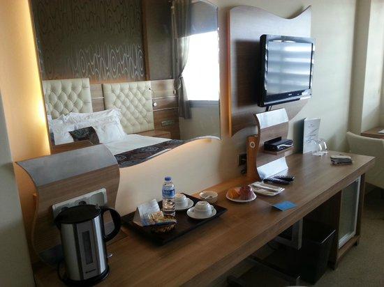 Orty Airport Hotel : очень красиво и удобно