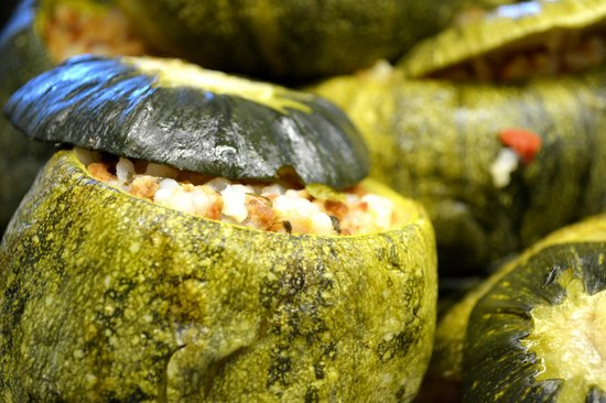 Geyseis Elladas: Stuffed zucchini with rice and mincemeat