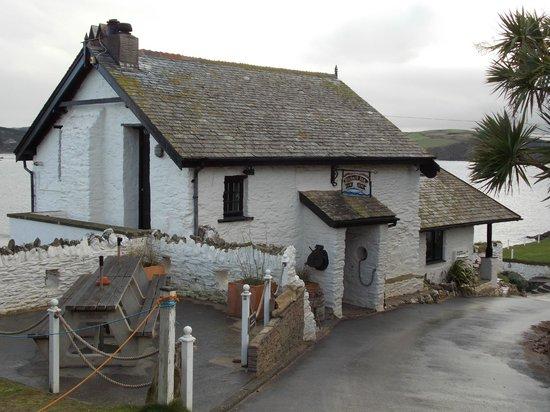 Burgh Island Hotel : The Pilchard Inn