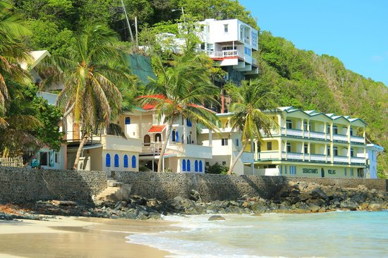 Chateau Relaxeau Caribe: CRC on Little Apple Bay