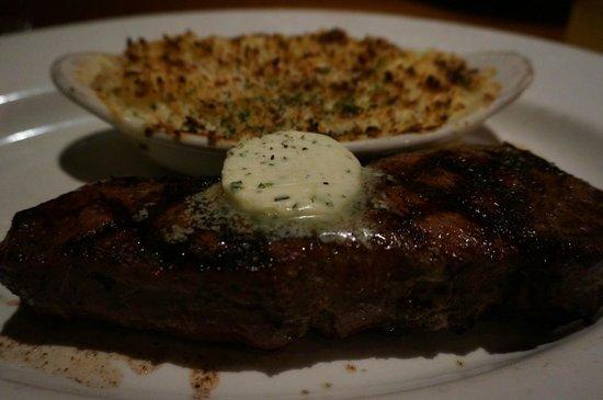J Alexander's Restaurant: ニューヨークリブステーキ